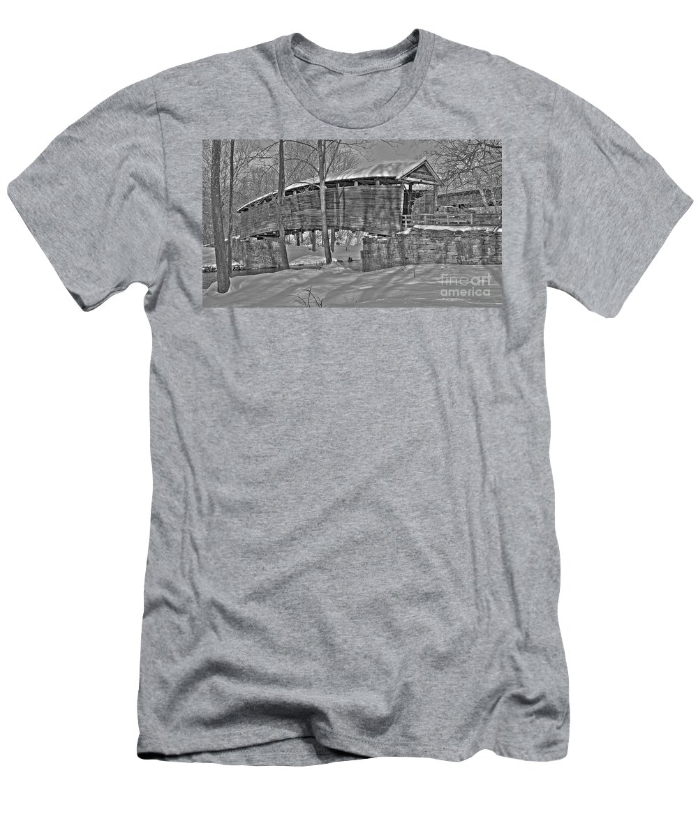 Black And White Men's T-Shirt (Athletic Fit) featuring the photograph Humpback Bridge by Todd Hostetter