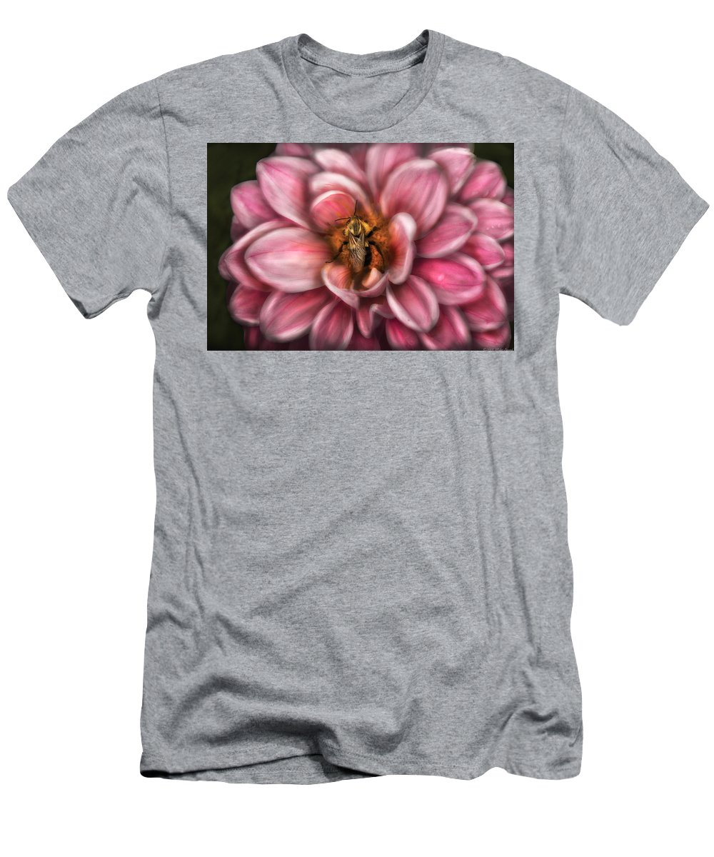 Savad Men's T-Shirt (Athletic Fit) featuring the photograph Insect - Bee - Center Of The Universe by Mike Savad