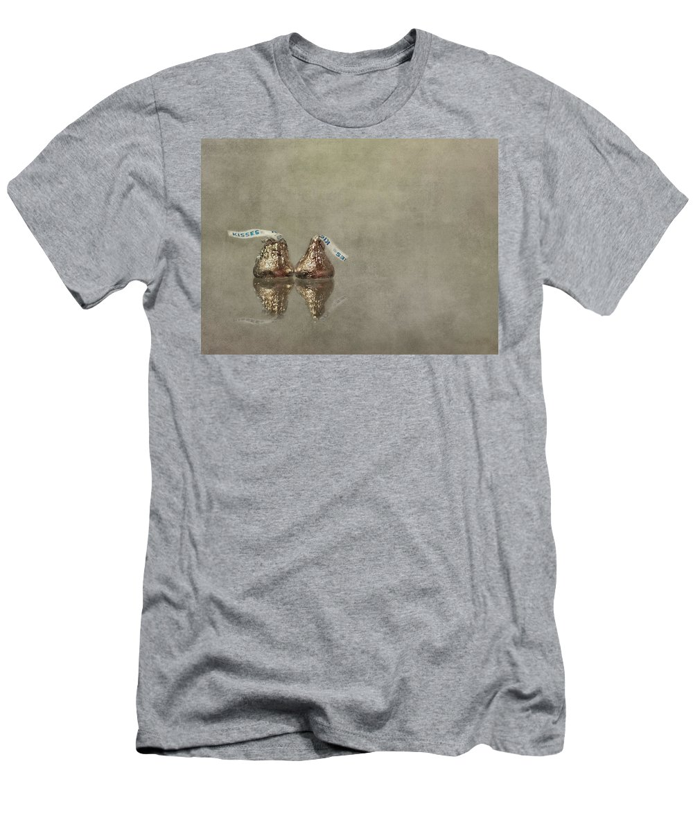 Kiss Men's T-Shirt (Athletic Fit) featuring the photograph Kisses by Evelina Kremsdorf