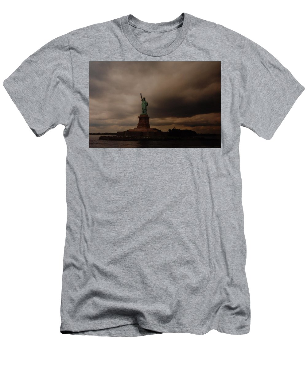 Statue Of Liberty Men's T-Shirt (Athletic Fit) featuring the photograph Lady Liberty by Rob Hans