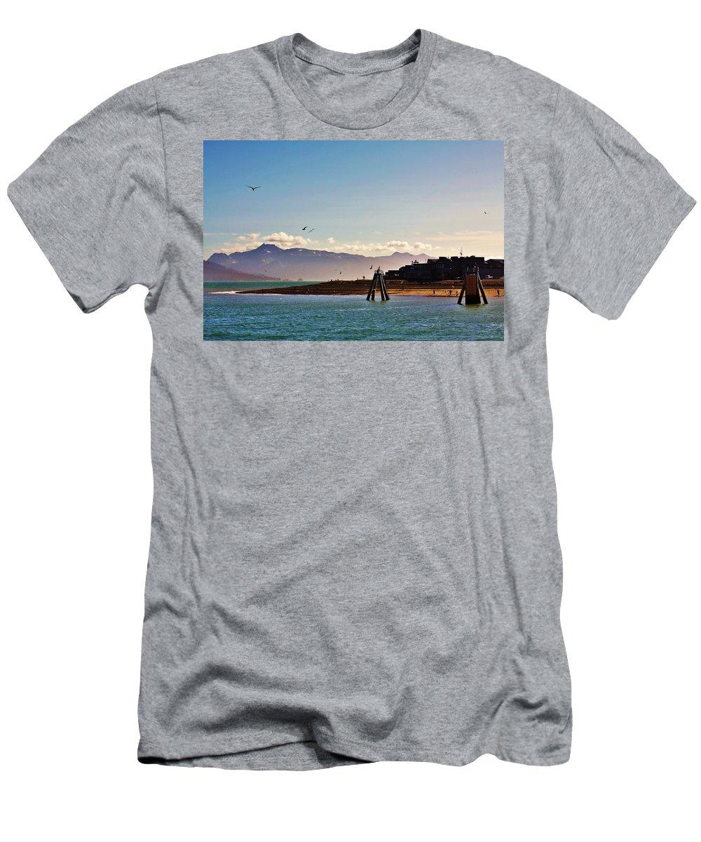 Homer Alaska Men's T-Shirt (Athletic Fit) featuring the photograph Lands End by Lori Mahaffey
