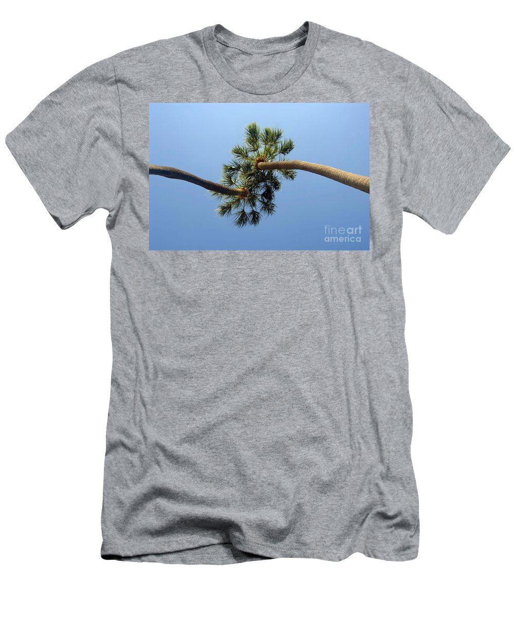 Love Men's T-Shirt (Athletic Fit) featuring the photograph Lovers by David Lee Thompson