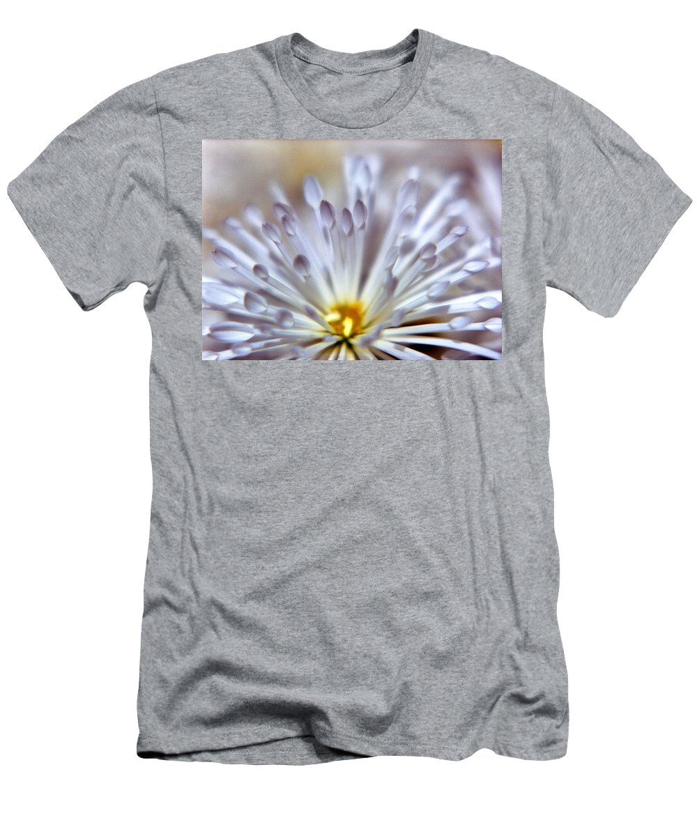 Macro Men's T-Shirt (Athletic Fit) featuring the photograph Macro Flower 3 by Lee Santa