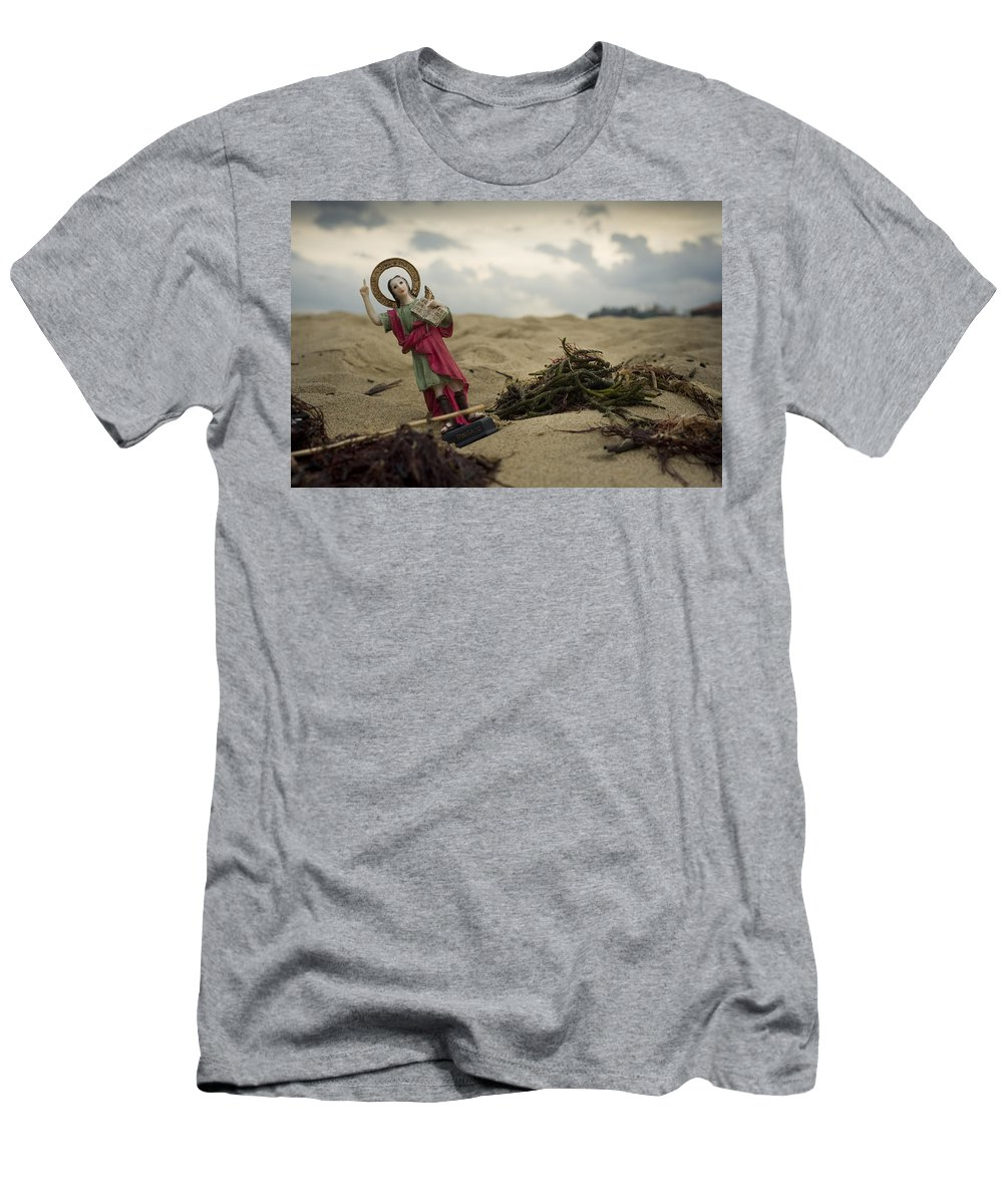 Spain Men's T-Shirt (Athletic Fit) featuring the photograph Made In China Saint Pancras by Rafa Rivas