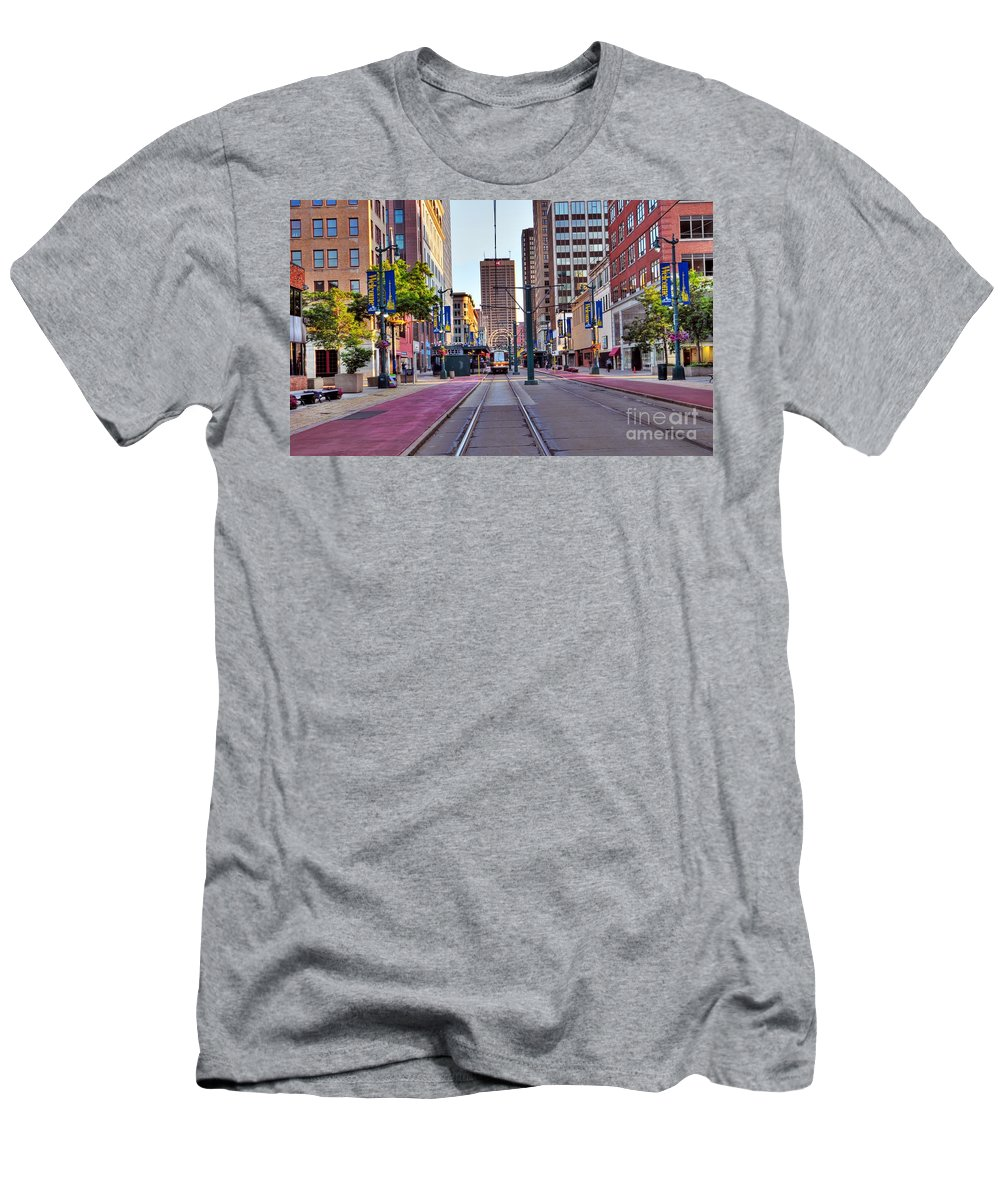 Building Men's T-Shirt (Athletic Fit) featuring the photograph Main Street by Kathleen Struckle