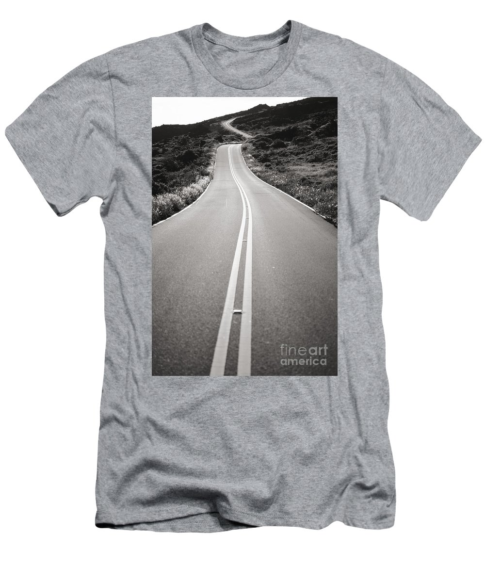 Afternoon Men's T-Shirt (Athletic Fit) featuring the photograph Maui Road by Dana Edmunds - Printscapes