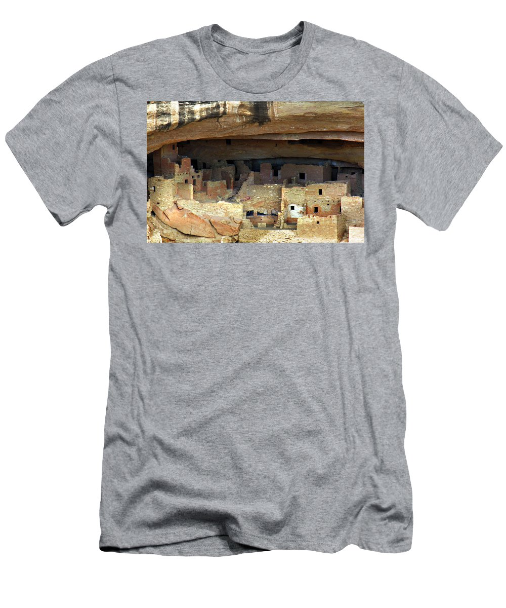 Americana Men's T-Shirt (Athletic Fit) featuring the photograph Mesa Verde by Marilyn Hunt