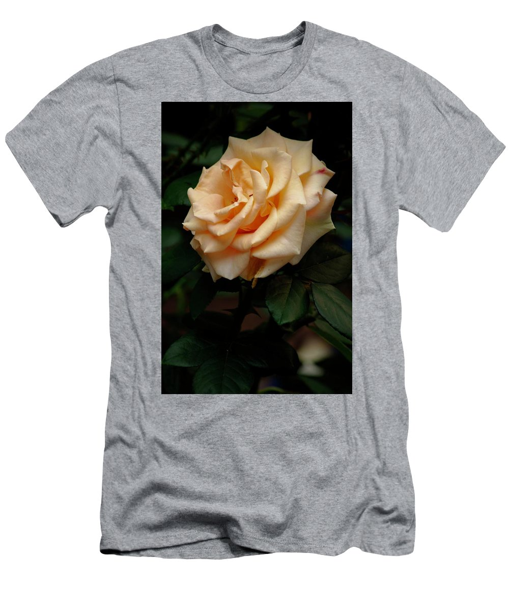 Flower Men's T-Shirt (Athletic Fit) featuring the photograph Monroe by Gary Bengsch
