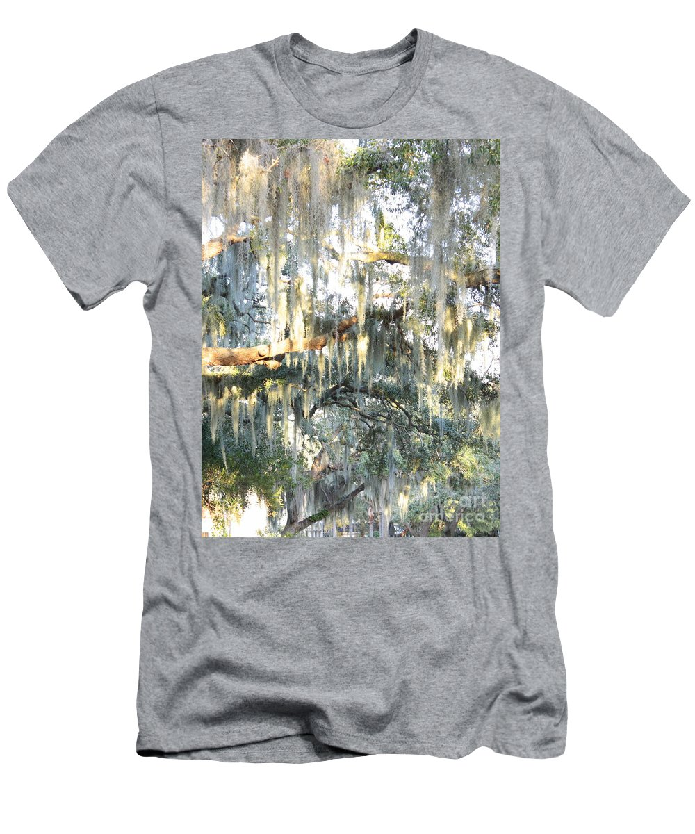 Spanish Moss Men's T-Shirt (Athletic Fit) featuring the photograph Mossy Live Oak by Carol Groenen