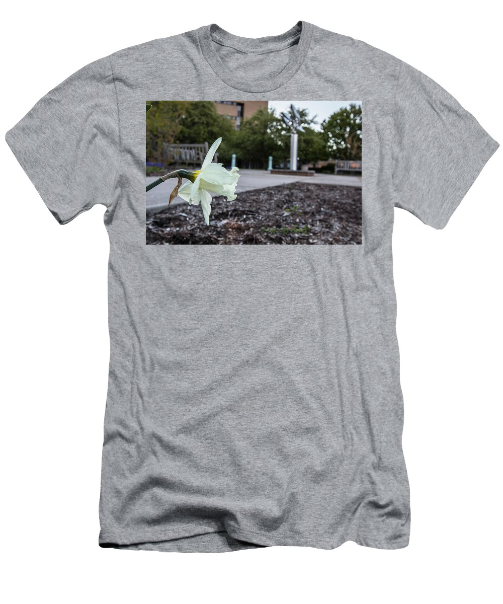 Big Ten Men's T-Shirt (Athletic Fit) featuring the photograph Msu Spring 22 by John McGraw
