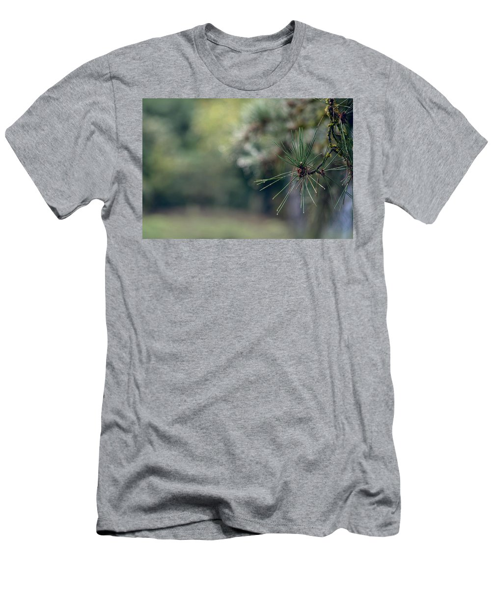 Tree Men's T-Shirt (Athletic Fit) featuring the photograph The Needles by Gene Garnace