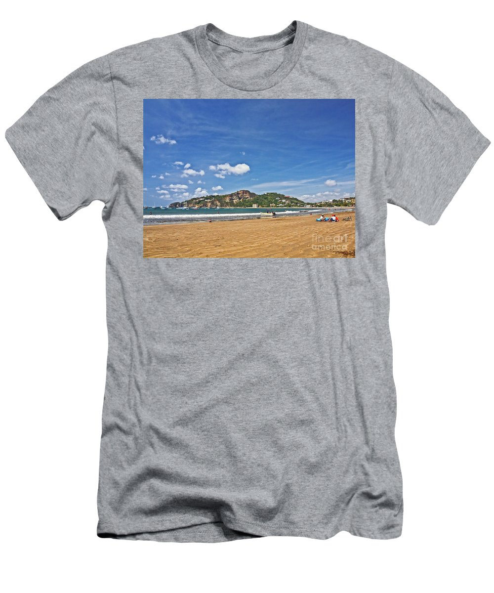 Beach Men's T-Shirt (Athletic Fit) featuring the photograph Nic1313 by Howard Stapleton