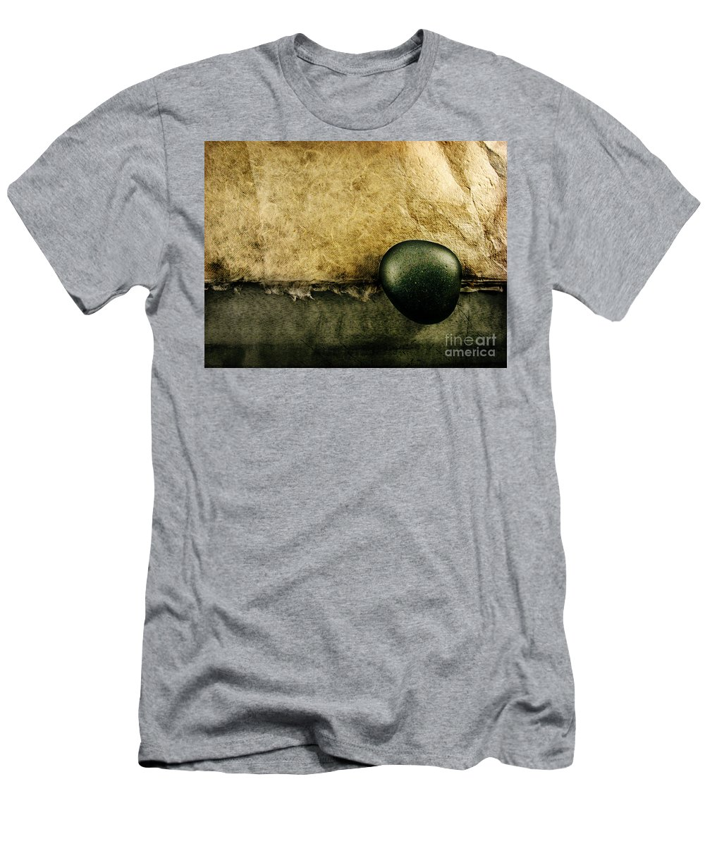 Dipasquale Men's T-Shirt (Athletic Fit) featuring the photograph Obligatory by Dana DiPasquale