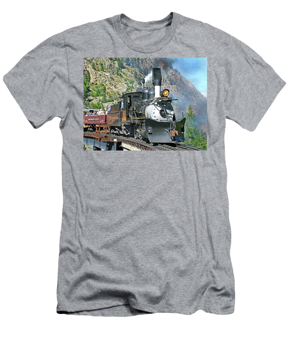 C&s #9 Men's T-Shirt (Athletic Fit) featuring the photograph On The Bridge by Ken Smith