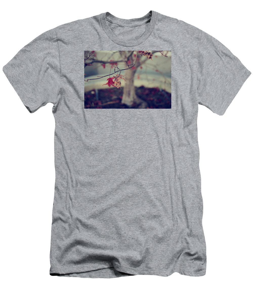 Leaves Men's T-Shirt (Athletic Fit) featuring the photograph One Last Kiss by Laurie Search
