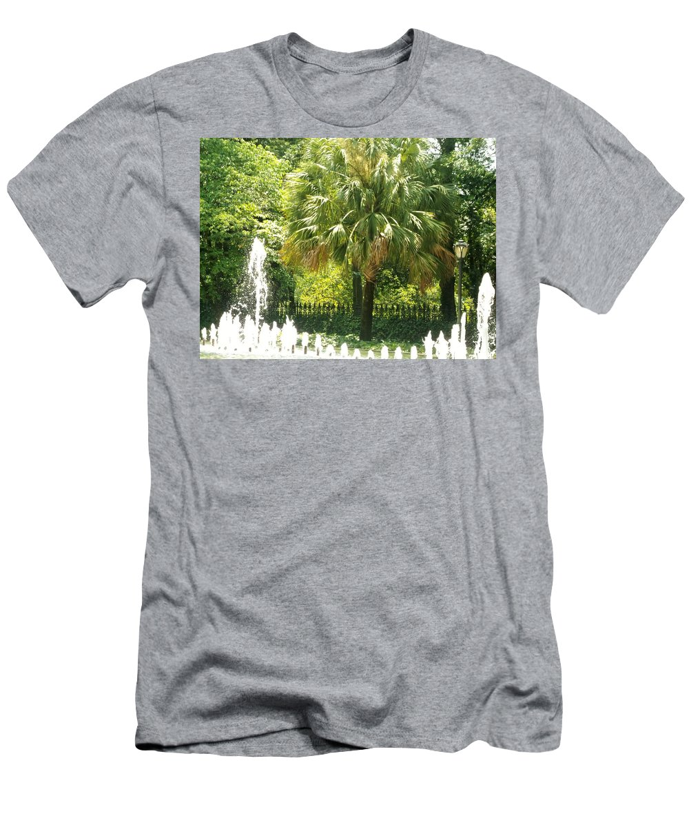 Palm Tree By Fountain Men's T-Shirt (Athletic Fit) featuring the photograph Palm And Fountain by Barbara De La Cruz