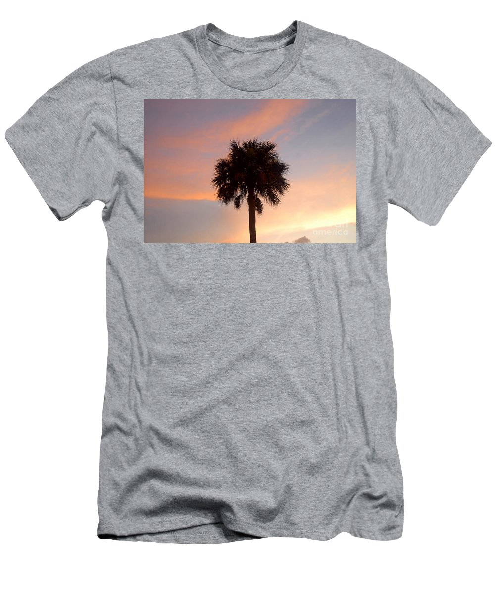 Palm Tree Men's T-Shirt (Athletic Fit) featuring the photograph Palm Sky by David Lee Thompson