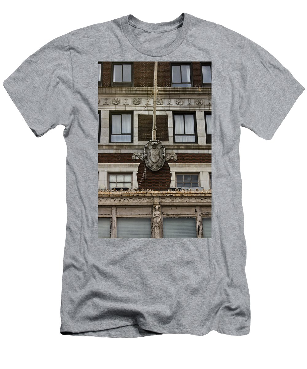 Roanoke Men's T-Shirt (Athletic Fit) featuring the photograph Patrick Henry Hotel Roanoke Virginia by Teresa Mucha