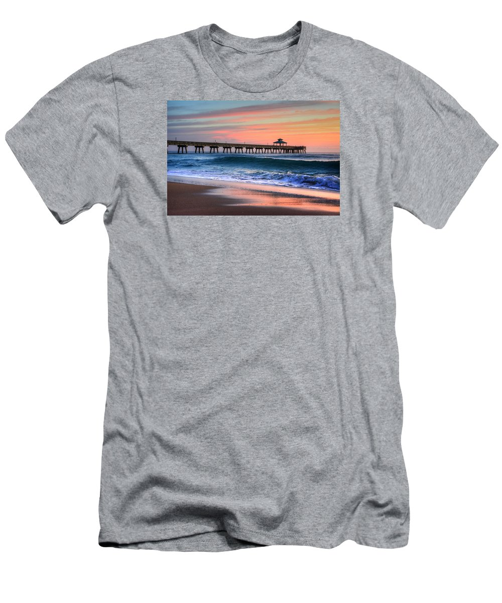 Sea Men's T-Shirt (Athletic Fit) featuring the photograph Pier Portrait by William Teed