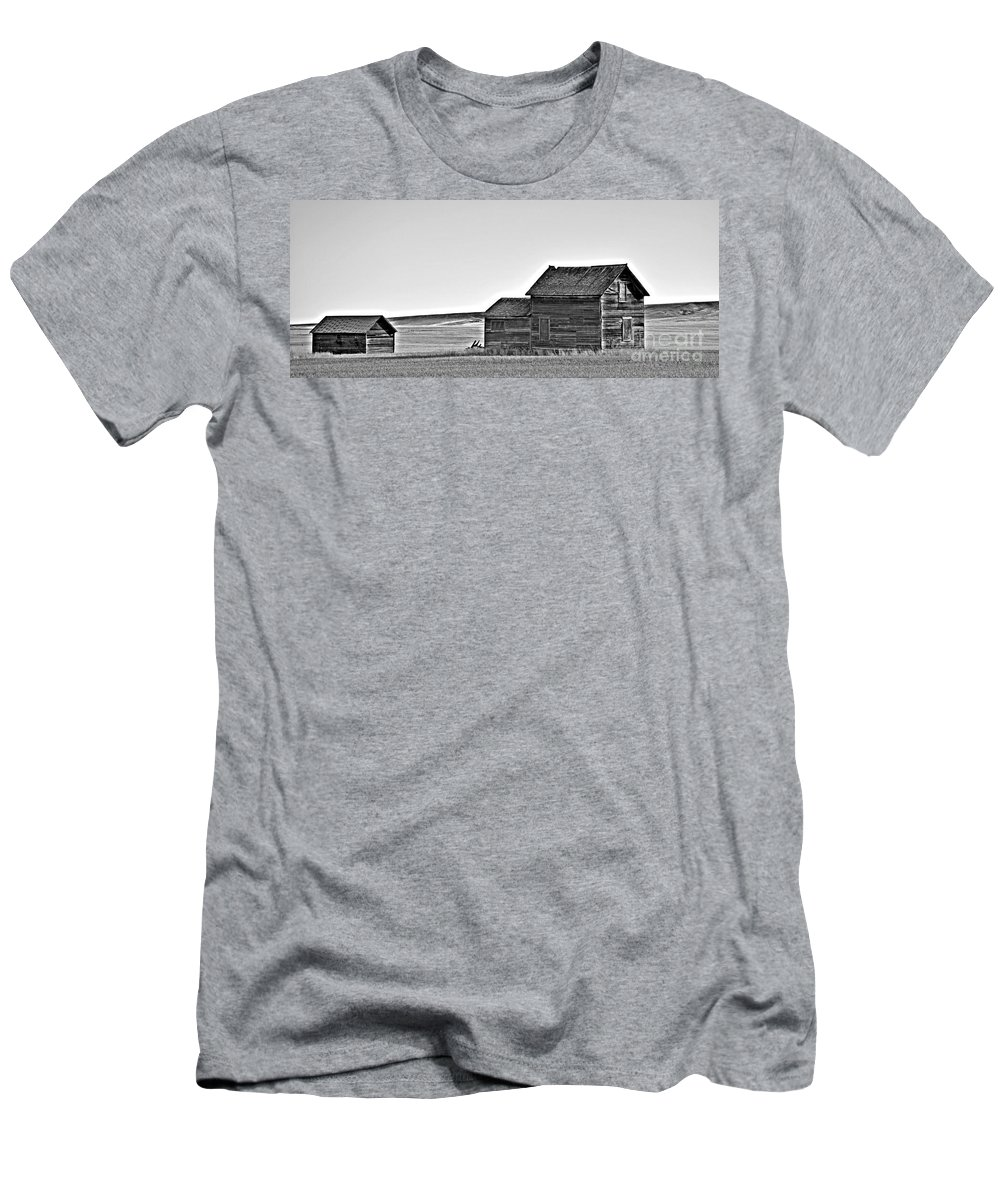 Plains Homestead Bw Men's T-Shirt (Athletic Fit) featuring the photograph Plains Homestead Bw by Chalet Roome-Rigdon