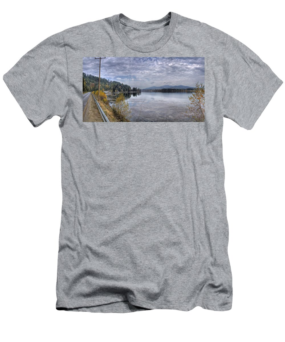 Men's T-Shirt (Athletic Fit) featuring the photograph Priest River Panorama 8 by Lee Santa