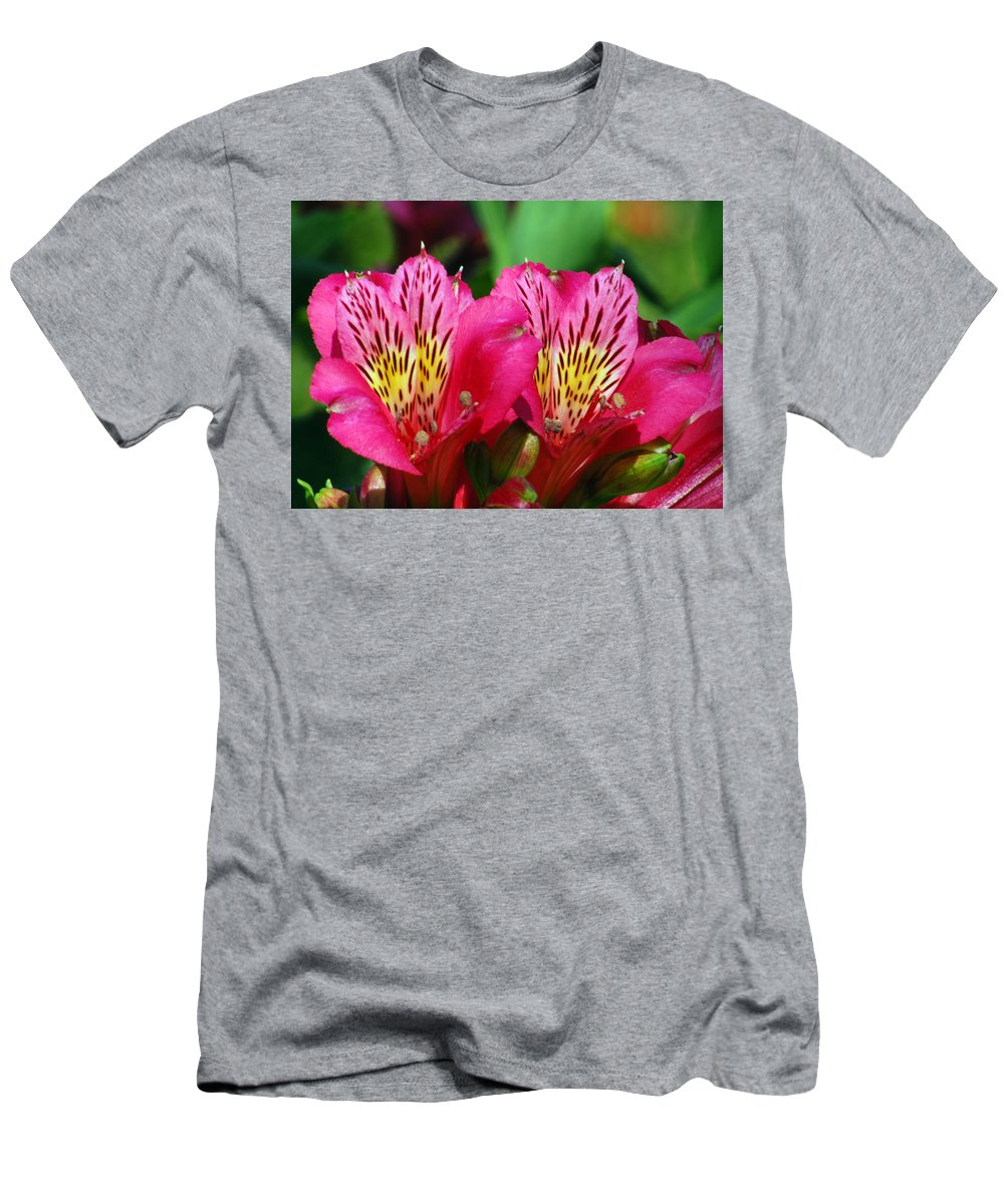 Peruvian Men's T-Shirt (Athletic Fit) featuring the photograph Purple Peruvian Lily by Amy Fose