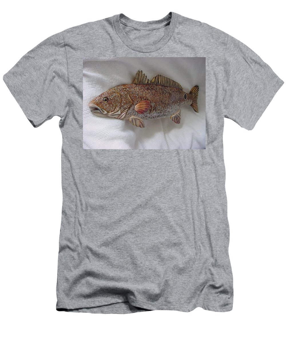 Fish Men's T-Shirt (Athletic Fit) featuring the relief Red Drum Two-wooden Living Series by Lisa Ruggiero