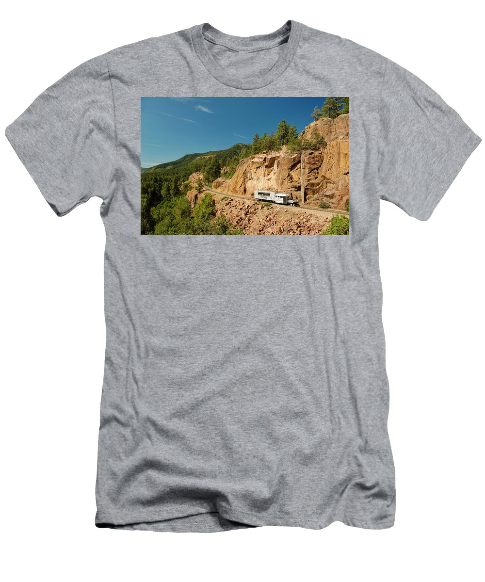 Steam Train Photographs Men's T-Shirt (Athletic Fit) featuring the photograph Rgs Goose On The Shelf by Ken Smith