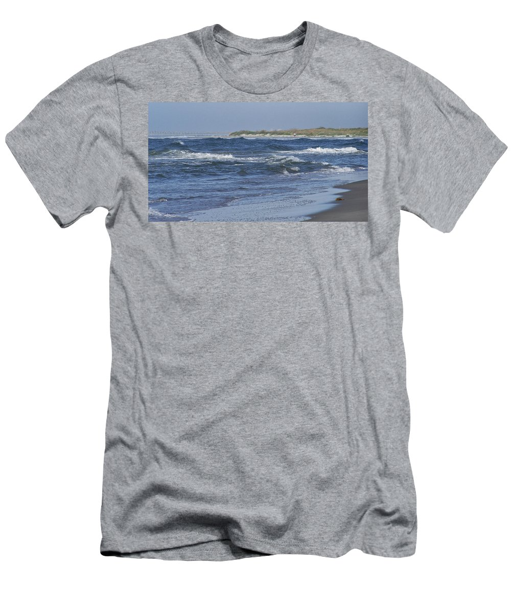Ocean Men's T-Shirt (Athletic Fit) featuring the photograph Rough Day At The Beach by Teresa Mucha