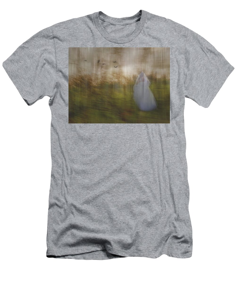 Woods Men's T-Shirt (Athletic Fit) featuring the photograph Runaway Bride by Elaine Els