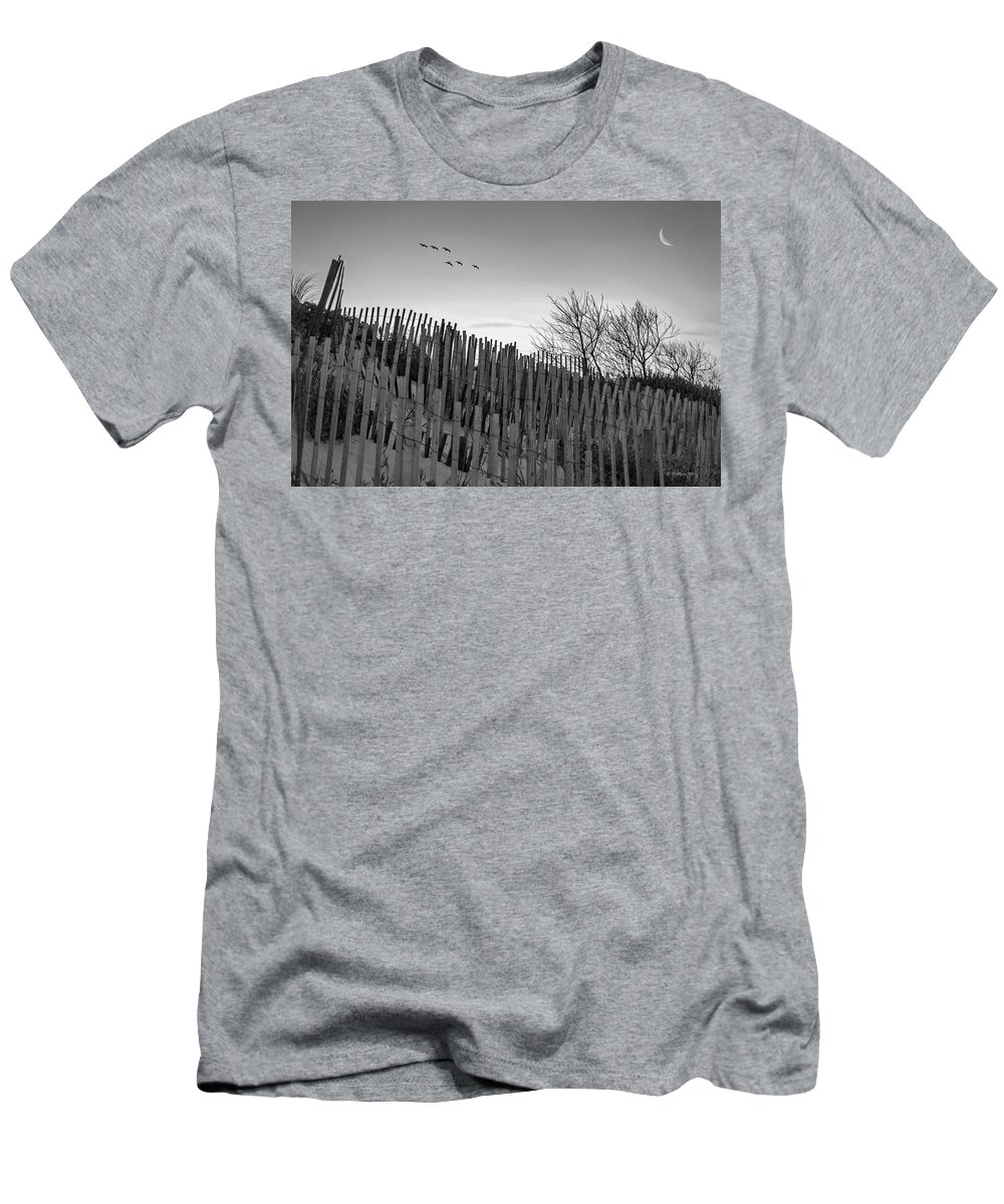 2d Men's T-Shirt (Athletic Fit) featuring the photograph Dune Fences - Grayscale by Brian Wallace