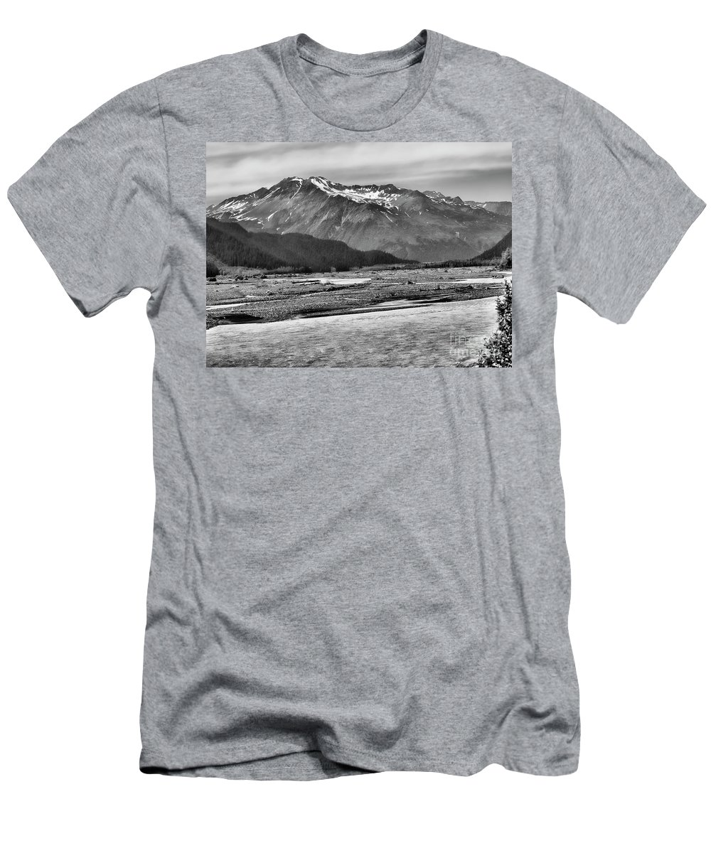 Alaska Men's T-Shirt (Athletic Fit) featuring the photograph Scenic Alaska Bw by Chuck Kuhn