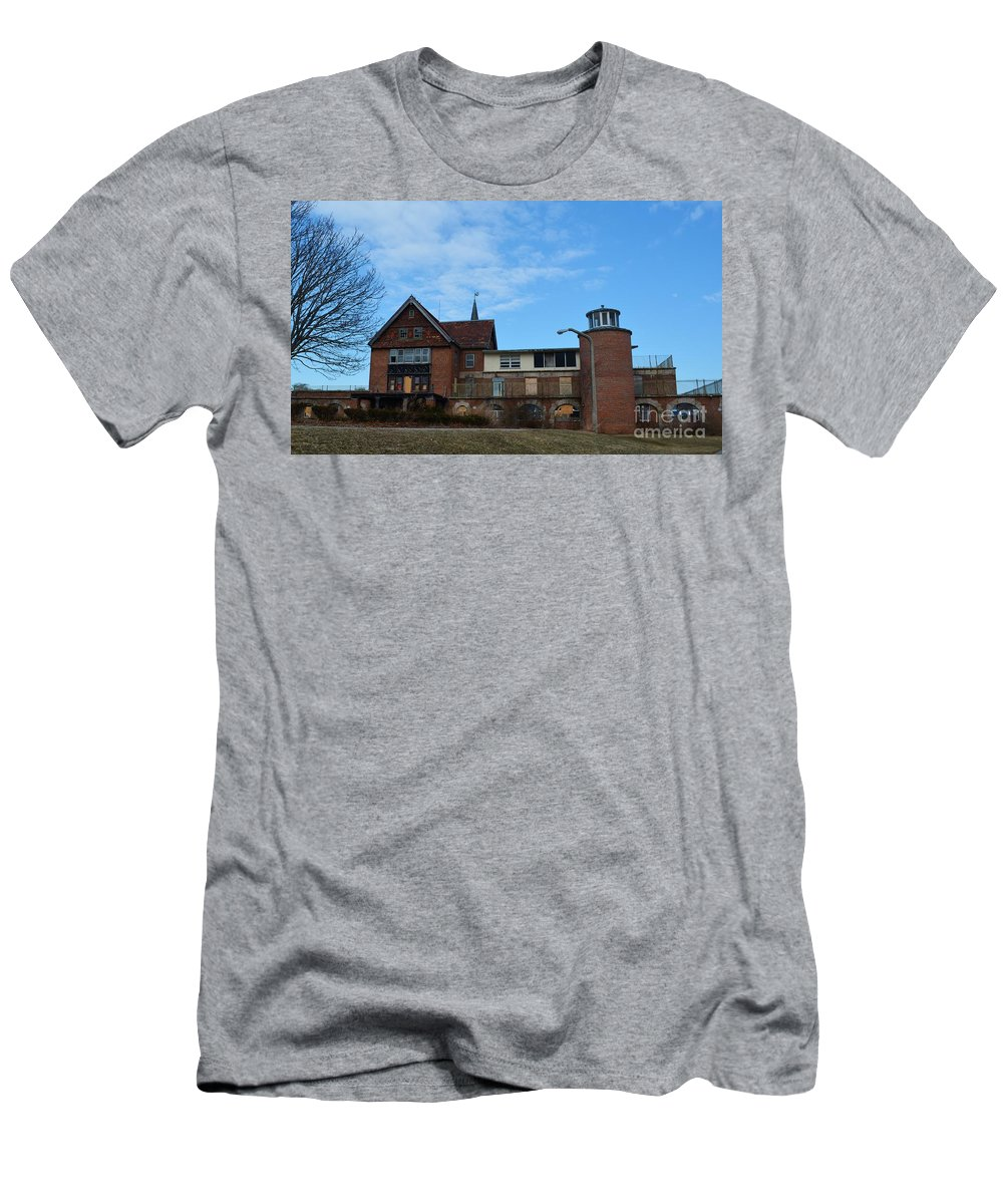 Abandoned Hospital Men's T-Shirt (Athletic Fit) featuring the photograph Seaside 10 by Virginia Levasseur
