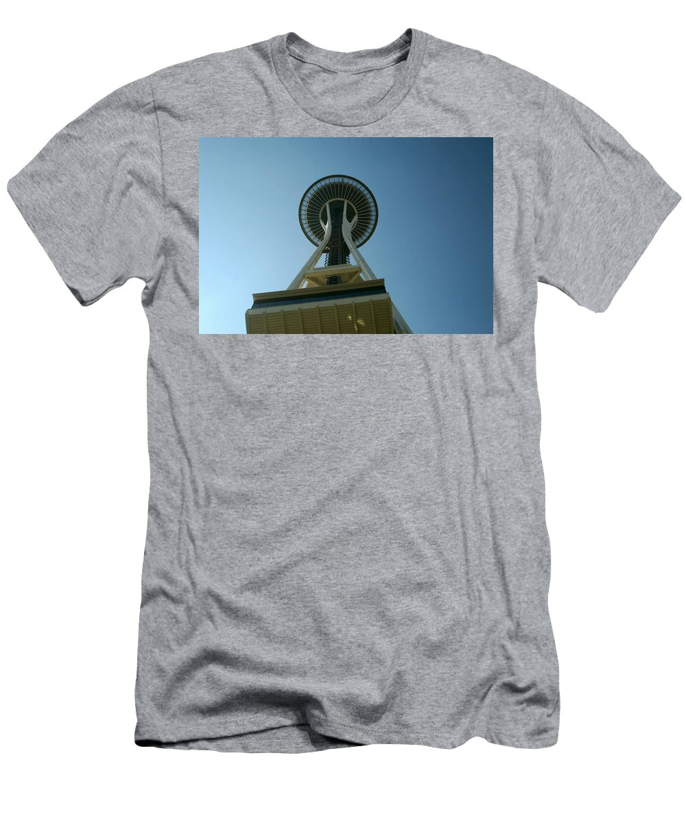 Seattle Washington Men's T-Shirt (Athletic Fit) featuring the photograph Seattle Space Needle by Gary Wonning