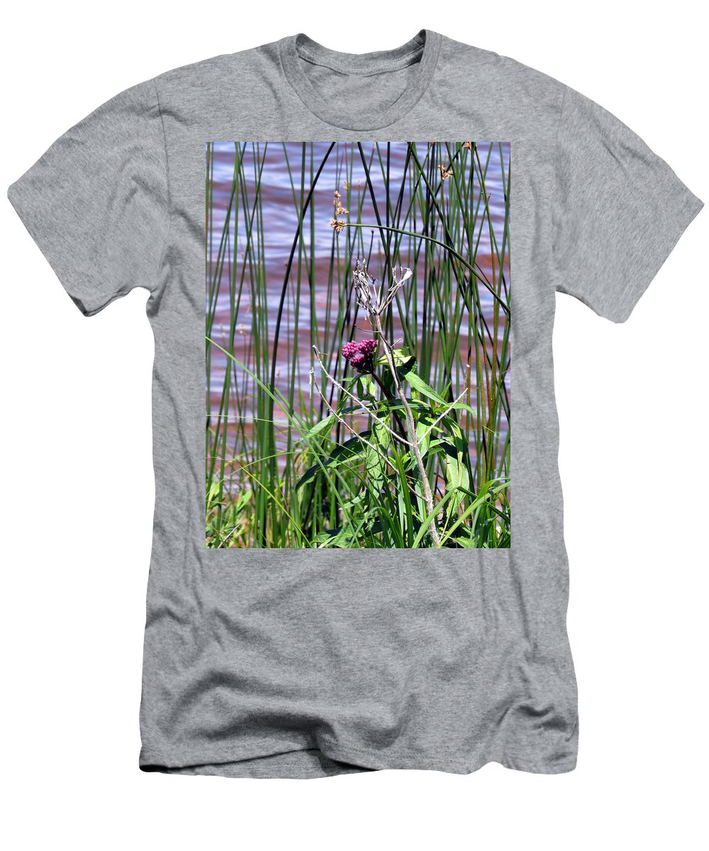 Flower Men's T-Shirt (Athletic Fit) featuring the photograph Silent Blessings by Sara Evans