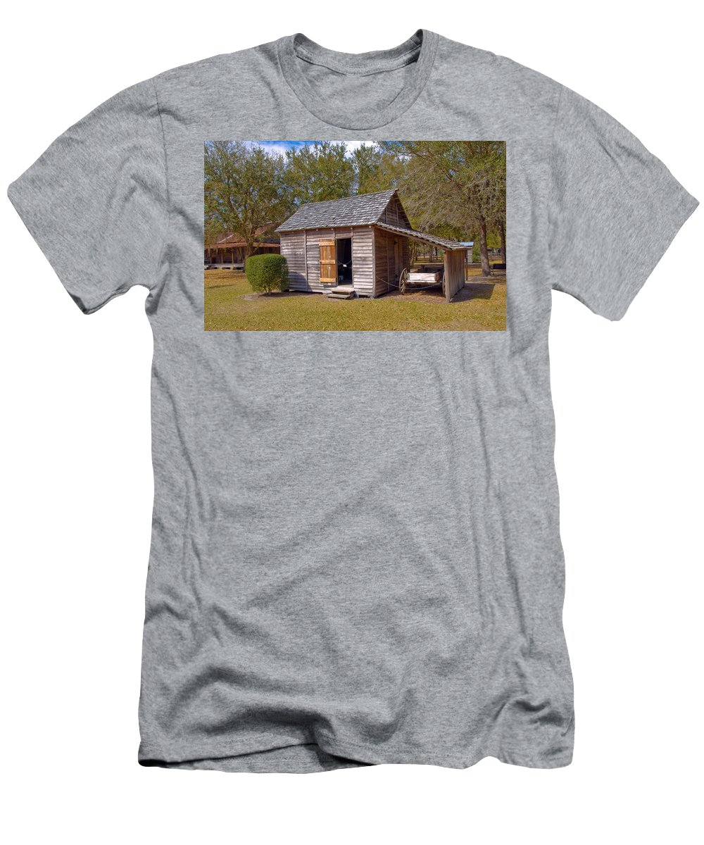 Cabin Men's T-Shirt (Athletic Fit) featuring the photograph Simmons Cabin Built In 1873 In Orange County Florida by Allan Hughes