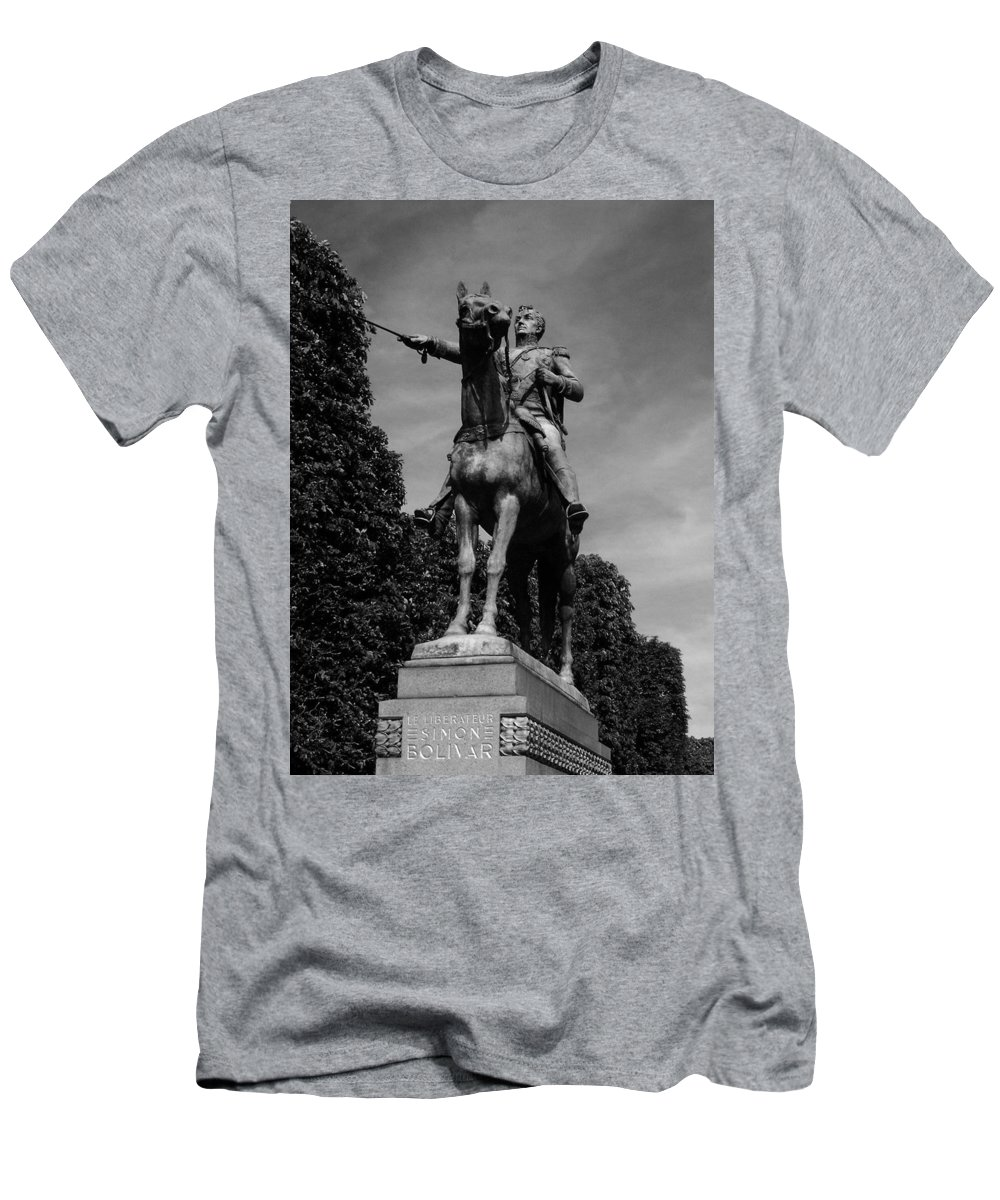 Simon Men's T-Shirt (Athletic Fit) featuring the photograph Simon Bolivar by Juergen Weiss