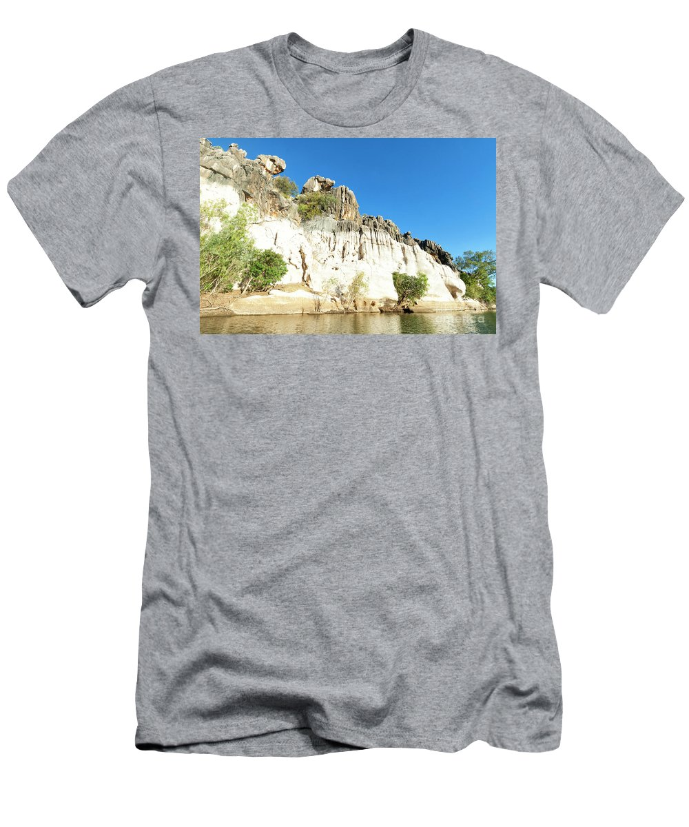 Landscape Men's T-Shirt (Athletic Fit) featuring the photograph Spectacular Geikie Gorge by Genevieve Vallee