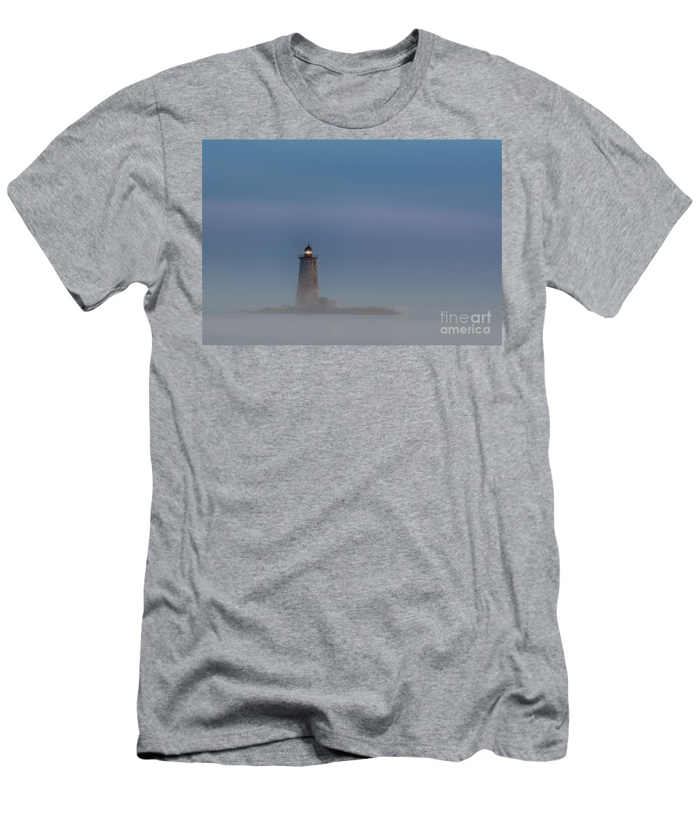Portsmouth Men's T-Shirt (Athletic Fit) featuring the photograph Start Of The Night Shift by Scott Thorp