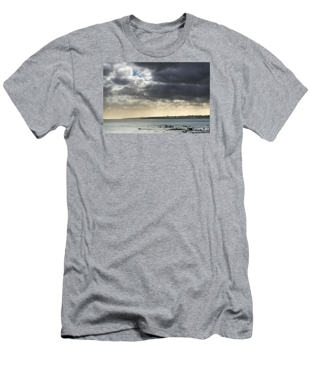 Architecture Men's T-Shirt (Athletic Fit) featuring the photograph Stormy Whitley Bay by David Taylor
