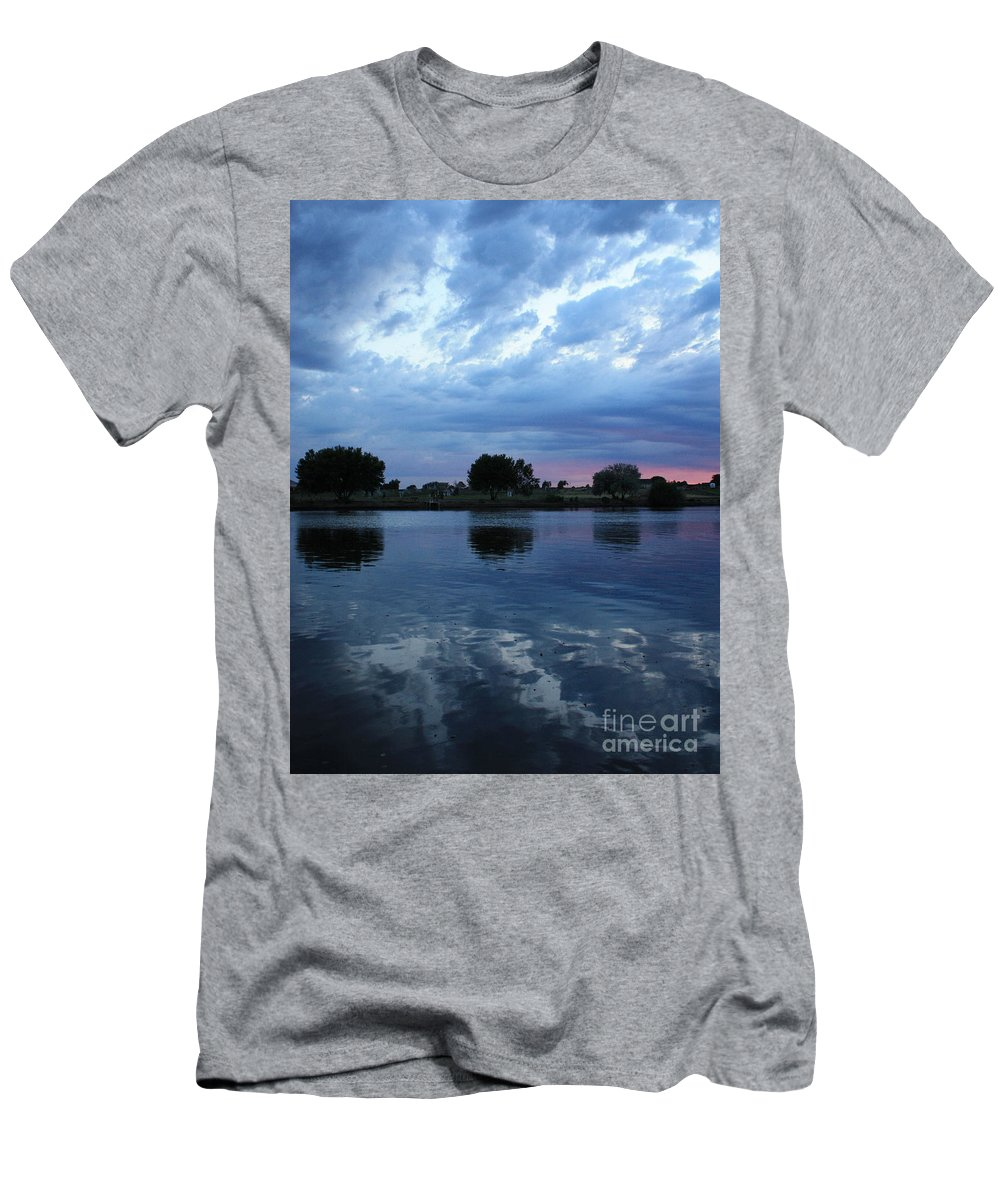 Blue Men's T-Shirt (Athletic Fit) featuring the photograph Summer Sunset On Yakima River 5 by Carol Groenen