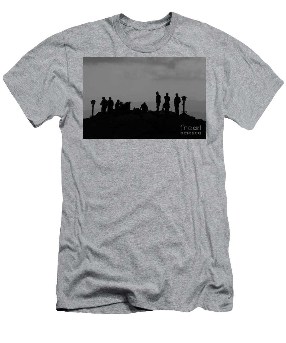 Summit Men's T-Shirt (Athletic Fit) featuring the photograph Summit People by David Lee Thompson
