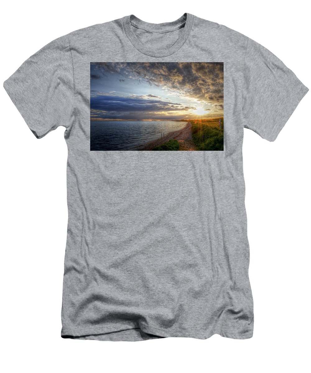 Ocean View Men's T-Shirt (Athletic Fit) featuring the photograph Sunset On The Beach by Karen McKenzie McAdoo