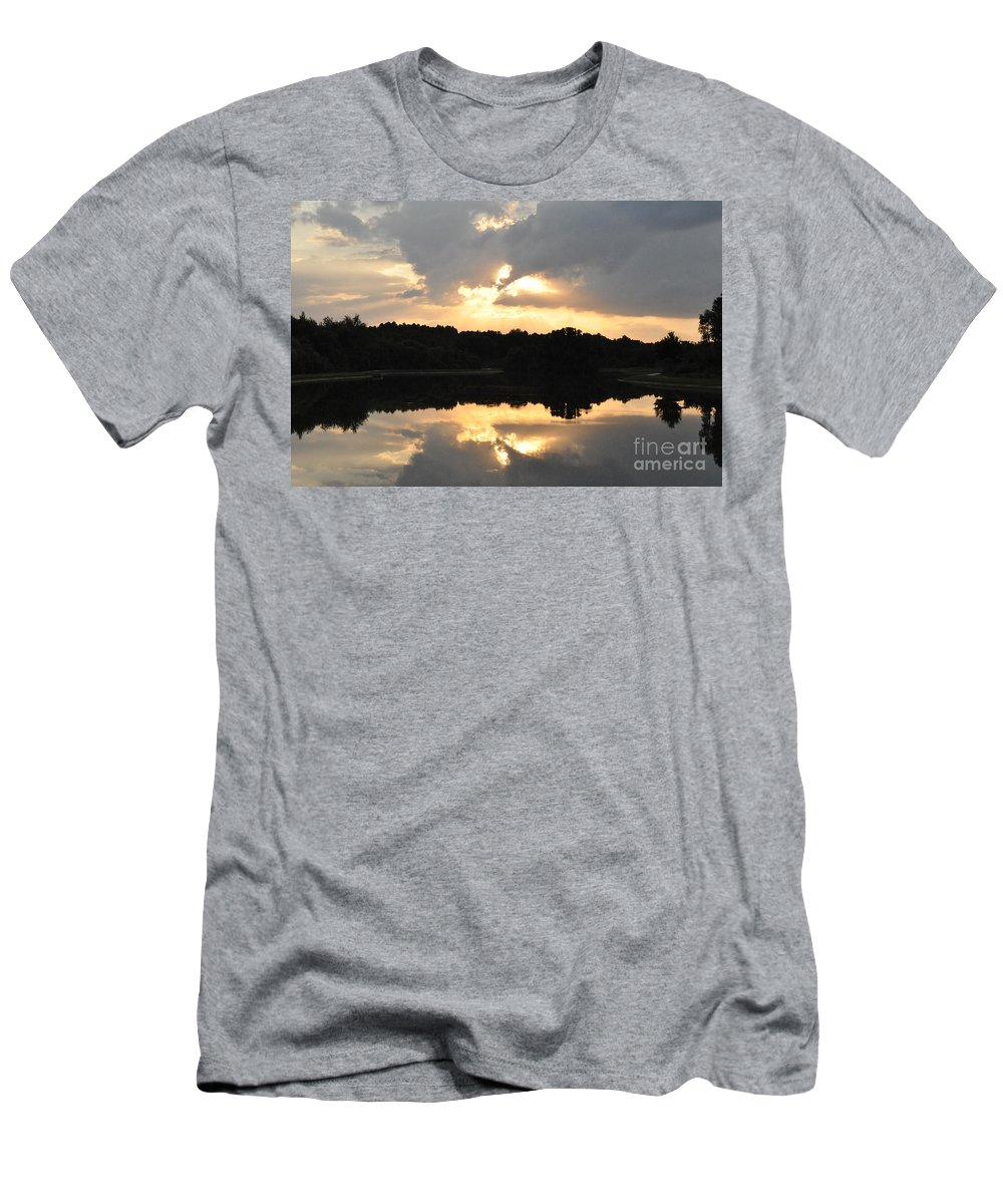 Sunset Men's T-Shirt (Athletic Fit) featuring the photograph Sunset On The Lakefront by John Black