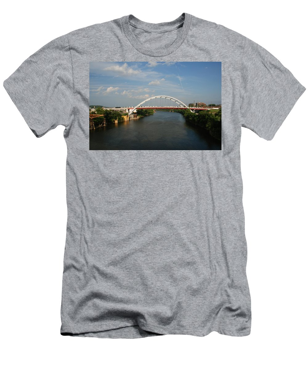 Nashville Photos Men's T-Shirt (Athletic Fit) featuring the photograph The Cumberland River In Nashville by Susanne Van Hulst