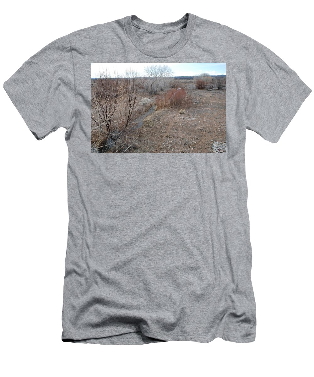 River Men's T-Shirt (Athletic Fit) featuring the photograph The Mighty Santa Fe River by Rob Hans