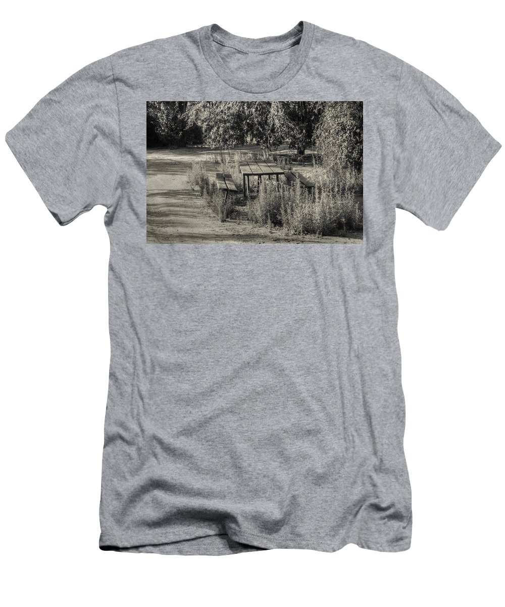 Photography Men's T-Shirt (Athletic Fit) featuring the photograph The Picnic by Ignacio Leal Orozco