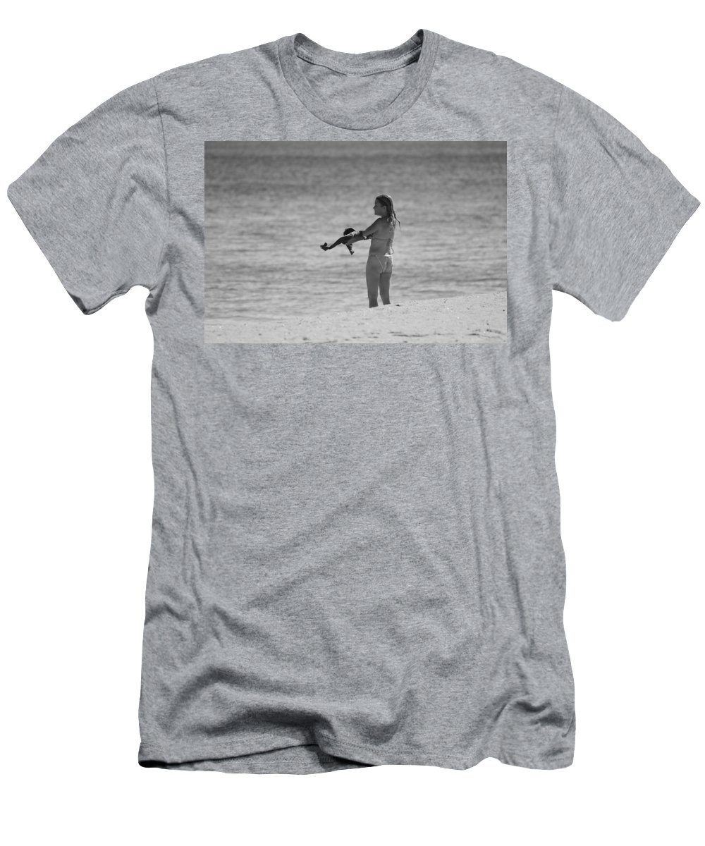 Black And White Men's T-Shirt (Athletic Fit) featuring the photograph The Shirt by Rob Hans