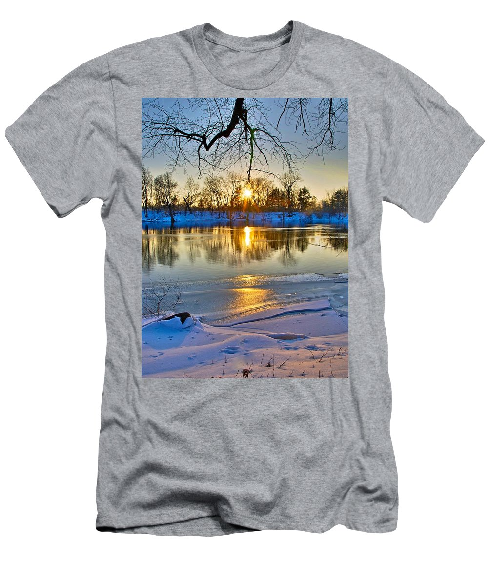 Snow Men's T-Shirt (Athletic Fit) featuring the photograph The Sunny Side by Robert Pearson