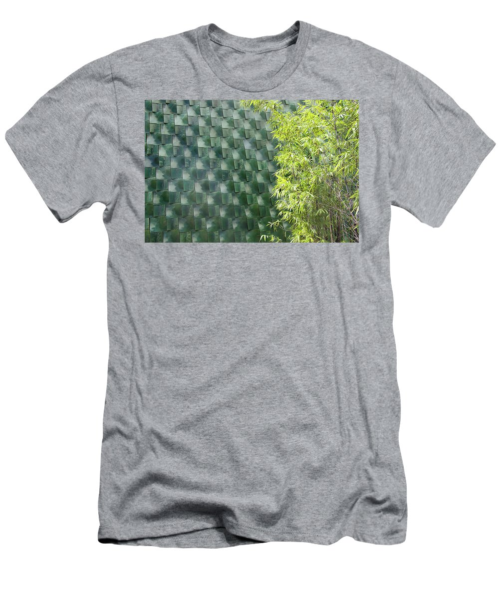 Wall Men's T-Shirt (Athletic Fit) featuring the photograph Tile Wall Of The Ringling Museum Asian Art Center by Richard Goldman